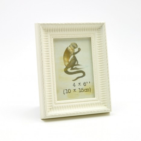 Standard Size Cream Picture Frame