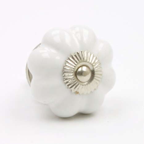 Simple Porcelain Knob