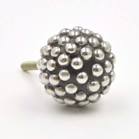 Dotted Knobs