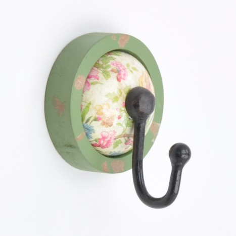 Green Vintage Flower Pattern Wall Hook