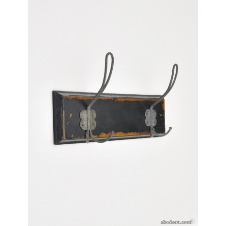 Shabby School Mount Coat Rack