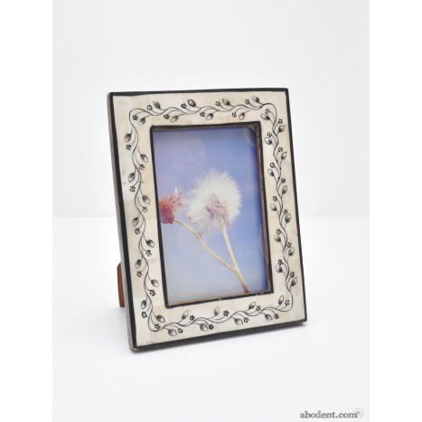 Ebony Vine Photo Frame