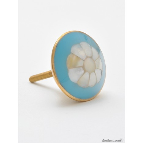 Pearly Flower Knobs (MIT)
